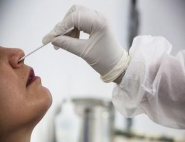 Testes para detectar Covid-19 se acumulam na rede pública de saúde de PE por falta de procura