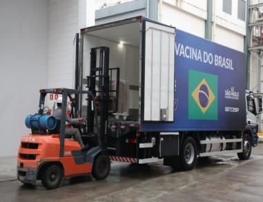 Instituto Butantan entrega mais 900 mil doses da CoronaVac após nova liberação da Anvisa